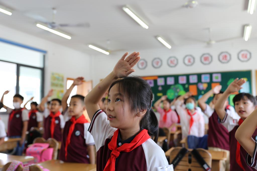 2020年黑龙江公务员考试申论范文:留住传统节日的文化内涵